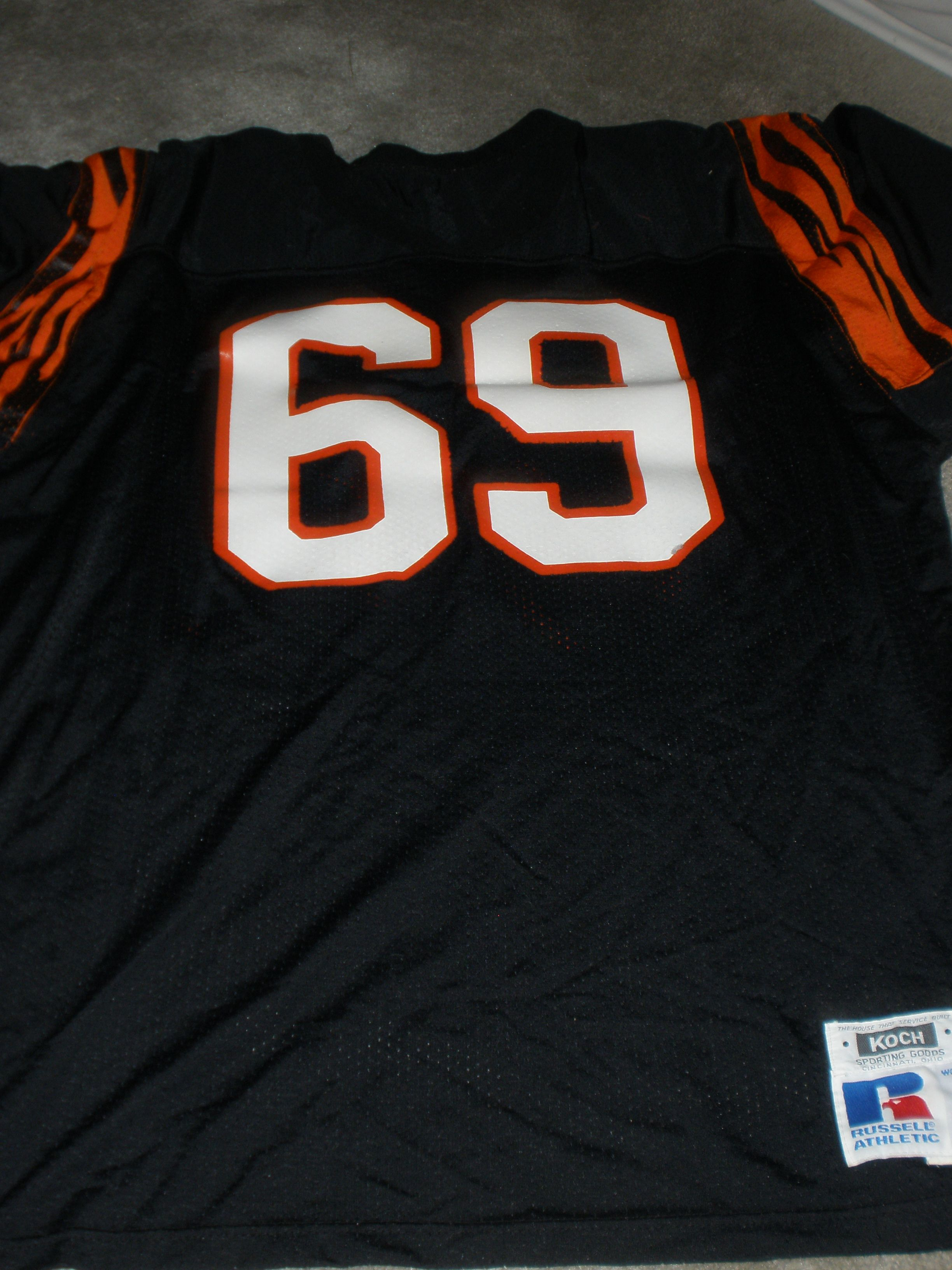 7aebeefc Lot Detail - TIM KRUMRIE BENGALS GAME WORN JERSEY with TAGS KOCH 52