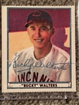 BUCKY WALTERS $$$ 1930s REDS HAND SIGNED RP CARD $$$