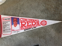 PETE ROSE FULL SIZE PENNANT GEM MINT !