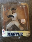 MICKEY MANTLE McFARLANE STATUE in PACKAGE