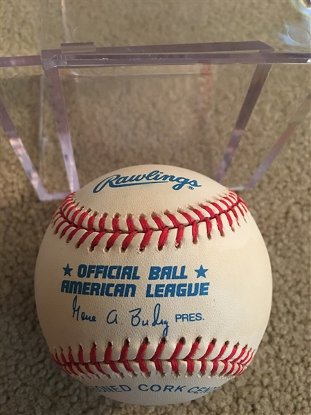 PAUL MOLITOR SIGNED SNOW WHITE AL BALL HOF in Case Beauty !!